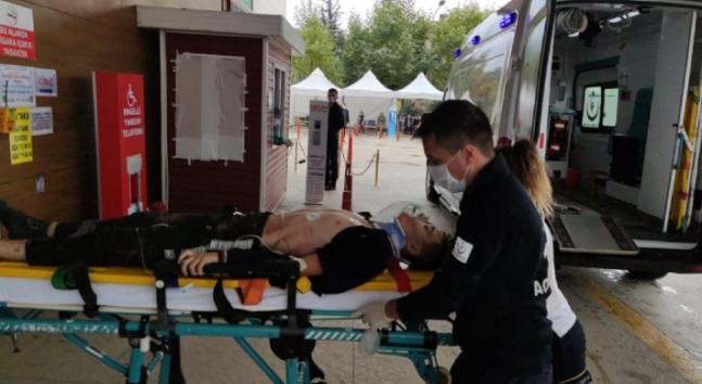 İnegöl'de feci kaza; 1'i ağır 3 yaralı