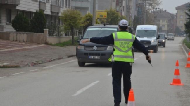 İnegöl'de araçlarda sigara uygulaması, cezası 153 TL